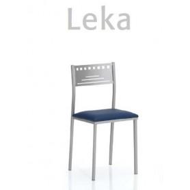 Cadeira Leka com assento estofado ou madeira